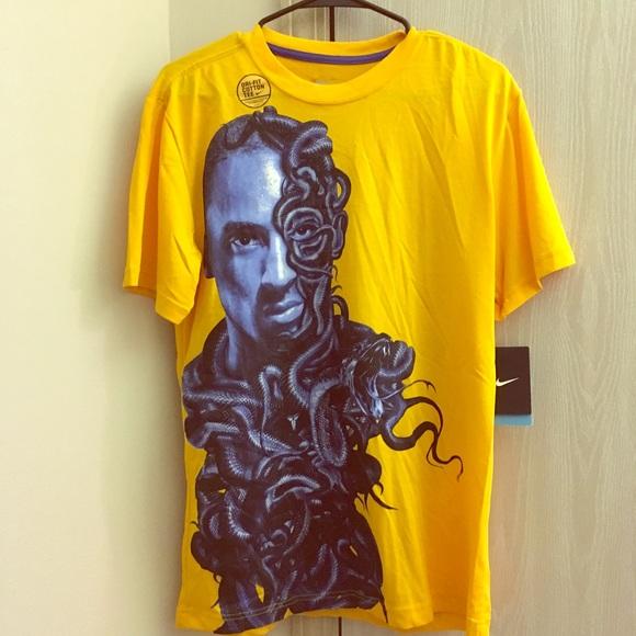 info for c4615 1af97 Nike Kobe Bryant snake face shirt - men's medium NWT