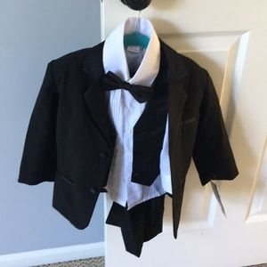 Other - Toddler tuxedo never worn-NWT