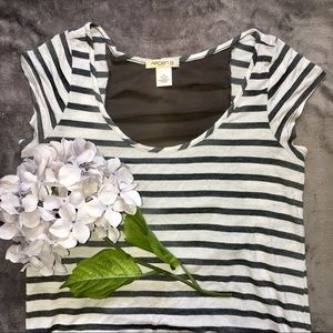 ARDEN B. Striped High Low Tee w/ sheer back