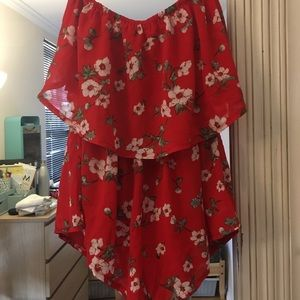 LF RED FLORAL ROMPER XS