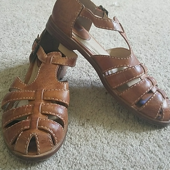 Frye Womens Size 8.5 M Julie Fisherman Strappy Flat Leather Sandals Cognac Brown