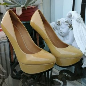 L.A,M.B. Platform Heel - Pump  **FINAL PRICE**