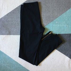 H&M black ankle zipper leggings
