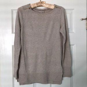 Banana Republic zipper split sides wool sweater