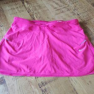 Ladies Nike golf/tennis skirt