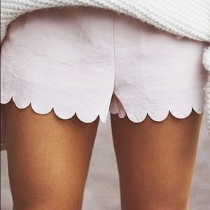 Cynthia Rowley White Linen scallop short