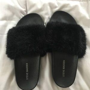 Steve Madden Black Fur Slides
