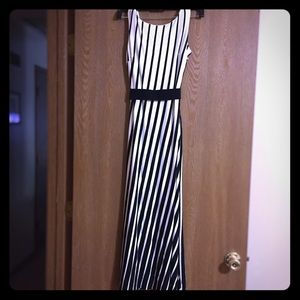 Ann Taylor Petite Maxi Dress, size 00P