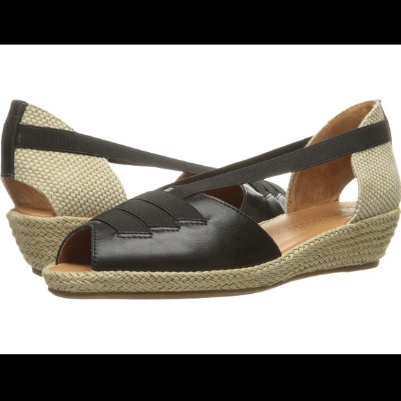 432a048417 Gentle Souls/Kenneth Cole Shoes | Nib Gentle Souls Leather Wedge ...