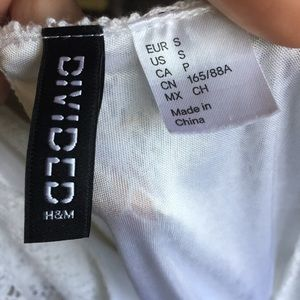 Divided Dresses - H&M White Crochet Lace Bell Sleeve Mini Dress