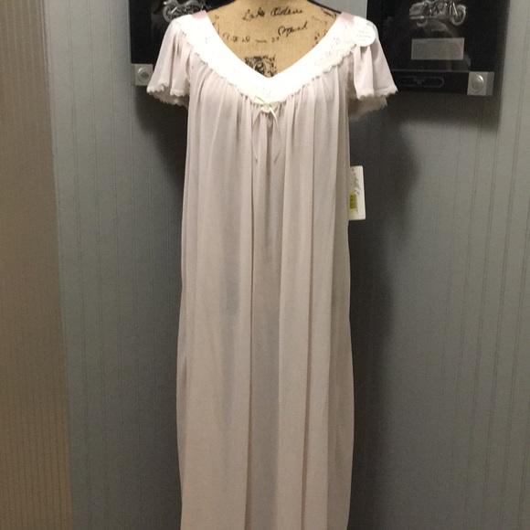 Silk Essence by Miss Elaine Intimates & Sleepwear   Night Gown ...