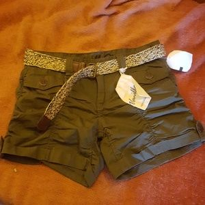 NWT Vanilla Star Green Shorts