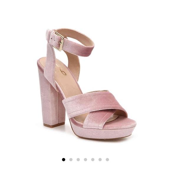Shoes | Dsw Blush Velvet Heels | Poshmark