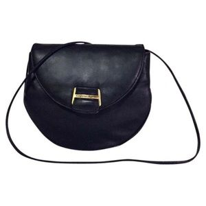 Black leather etienne Aigner shoulder bag