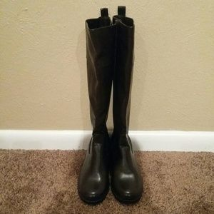 NWOT Chaps Caleigh Brown Tall Zip Boots