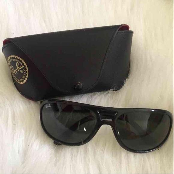 be72732b47 Authentic Ray Ban Black Sunglasses. M 59b49b48f739bc48a1024f73