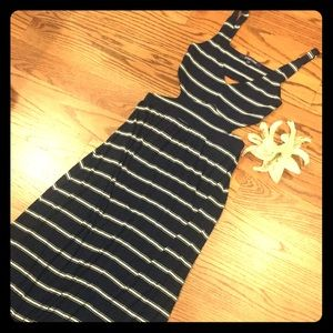 Navy and white stripe side cut out maxi dress 💙💙