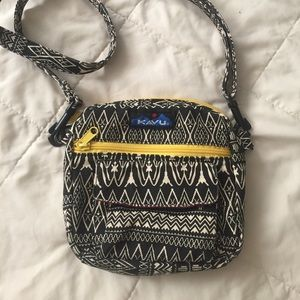 Kavu sport purse cross body bag athletic