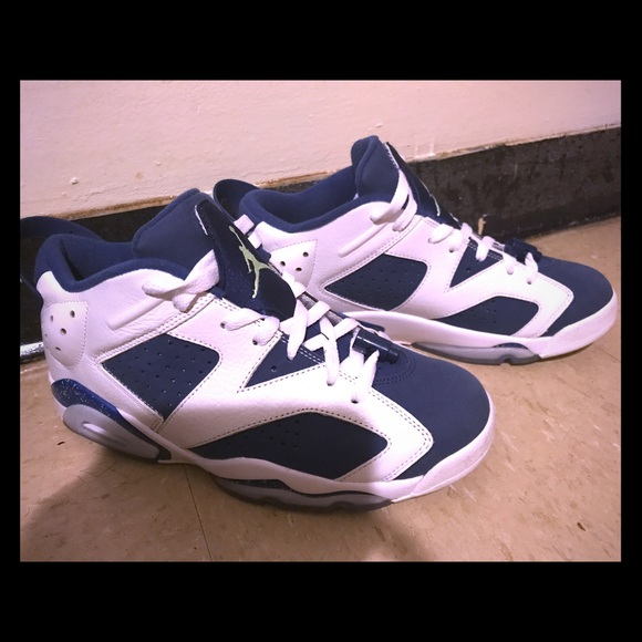 promo code a6546 9d99a Jordan Retro 6 Low Ghost Green Size 7y