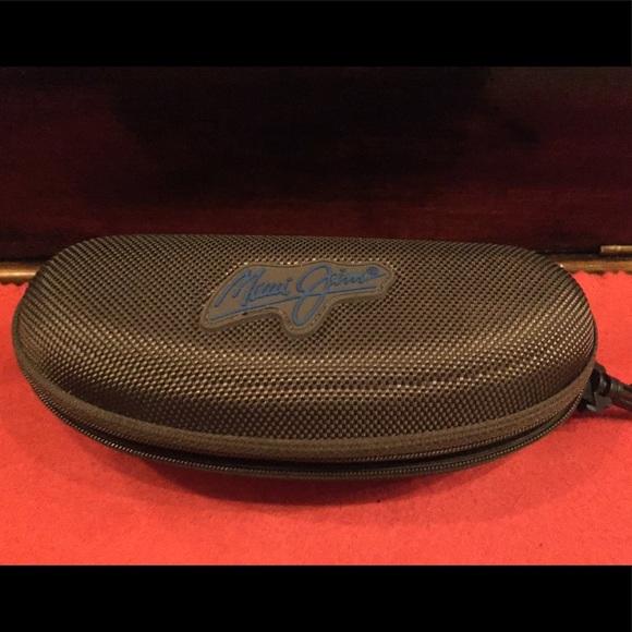 703455bfdcf Maui Jim sunglasses case with microfiber bag Original t