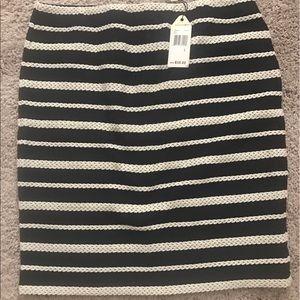NWT Sophie max elastic waist skirt