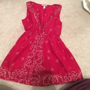 Red handkerchief patterned tunic