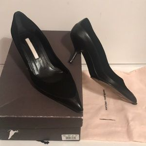 Narcisco Rodriguez Black Suede Leather Pointy Toe