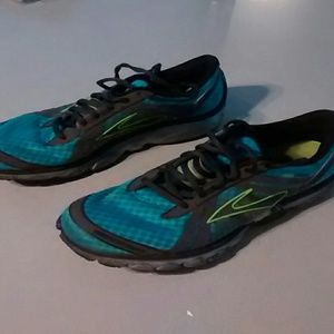 Shoes - Running Sneakers