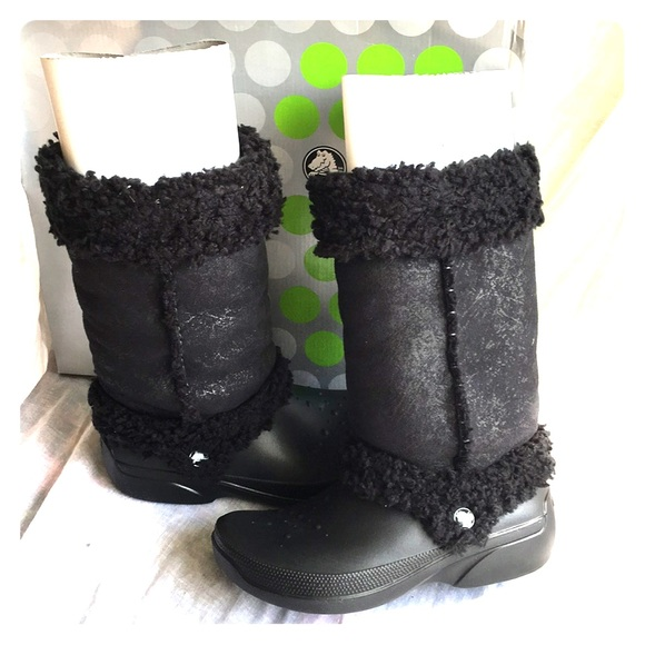 9c166b09deebf1 CROCS Shoes - Crocs Nadia Black Sherpa Fleece Lined Snow Boots