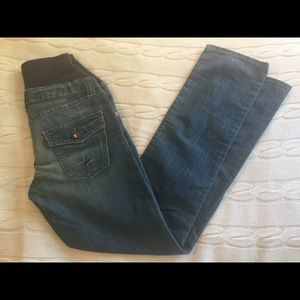 H&M Mama comfy maternity jeans, full panel.