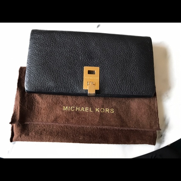 4eee138a3812 Michael Kors Collection Bags