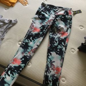 Old navy floral active pants - NEW worn once