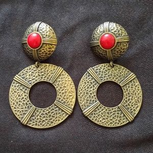 Clip on earrings from MNG by Mango