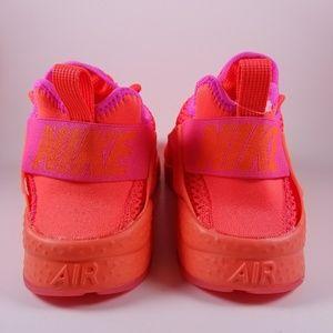 1be97866825c Nike Shoes - WOMEN NIKE AIR HUARACHE RUN ULTRA BR   RARE COLOR