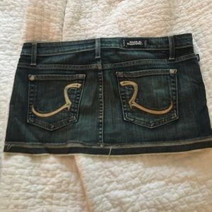 Women's Rock & Republic jean skirt size 28