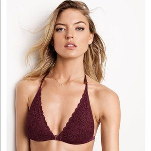 f726986079240f Victoria s Secret Intimates   Sleepwear - New VICTORIA s Secret Front-close  Bralette