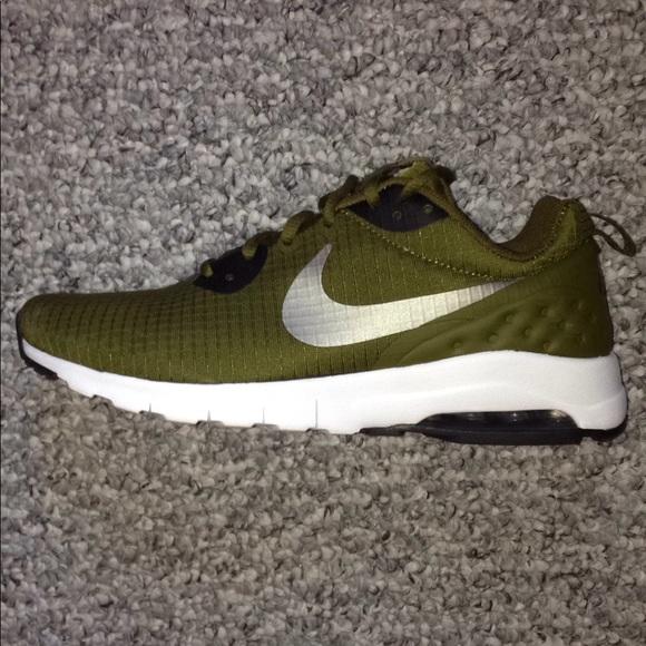 Army Green Nike Airmax Tennis Shoes