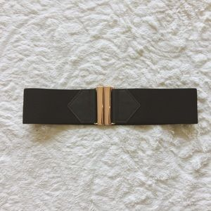 H&M Stretch Belt with Copper Closure worn ONCE!