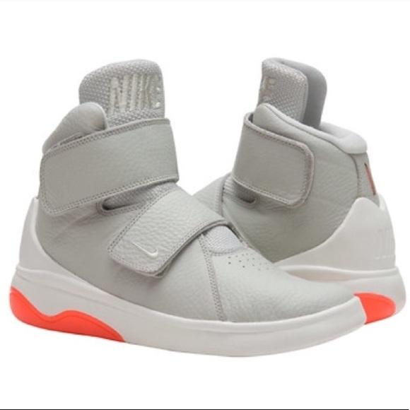d92a2a615e18 Nike marxman shoes gray white orange. M 59b5892d981829e0fc04f3a8