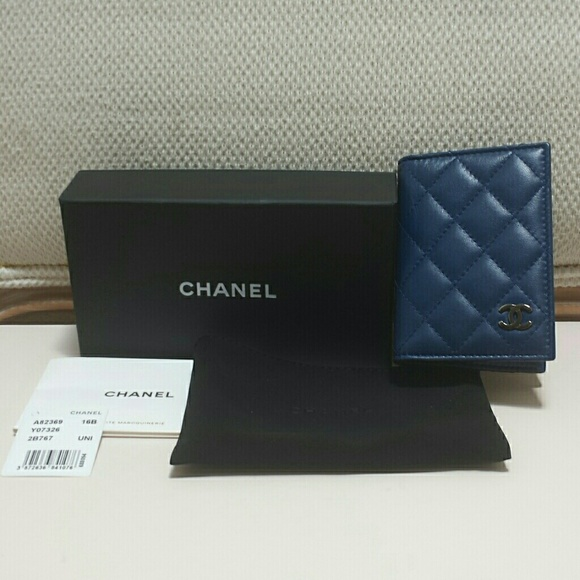 8b02f9516044 CHANEL Handbags - Chanel O Card Holder Dark Blue with Silver CC