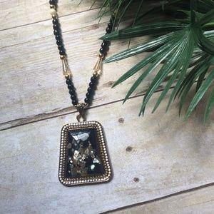 Jewelry - ✨NEW Listing✨Boho folk shell necklace -  black