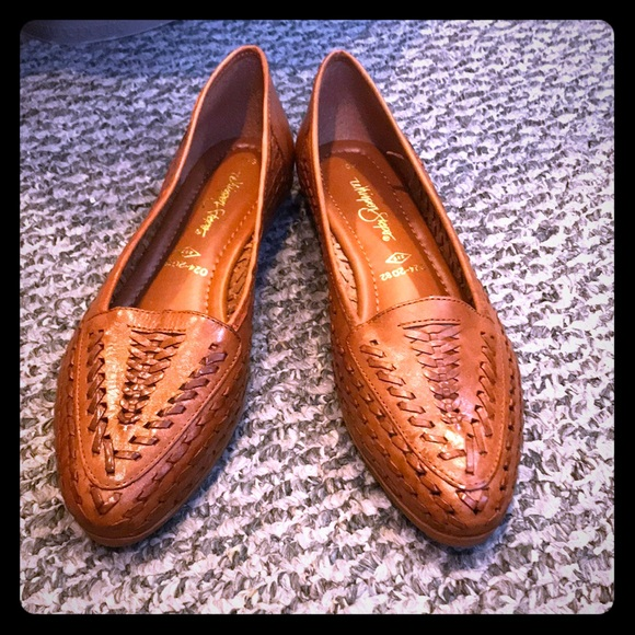 3b64efc56373 🎈Whisper Steps from JC Penny women s brown flats