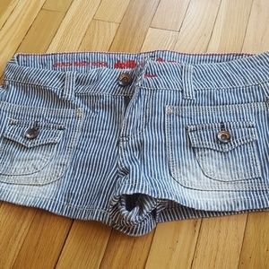 Striped sailor shorts (size 7)