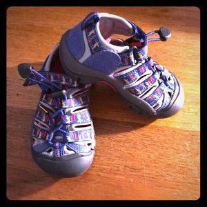 Keen Sandals Size 10