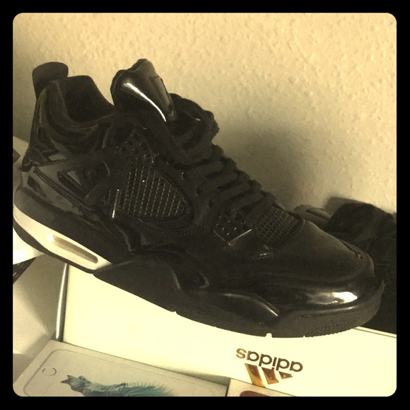 los angeles ae287 81099 Jordan 4s 11black lab