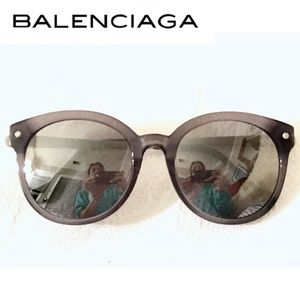 Awesome Balenciaga Sunglasses In Fab Condition!