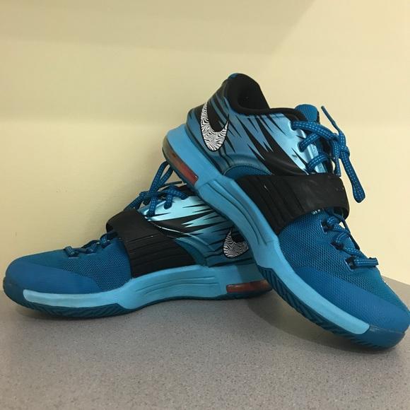 sale retailer a3ccf 071b7 Men s Nike Shoes (kd 7). M 5a0100b26d64bc14ed14be99