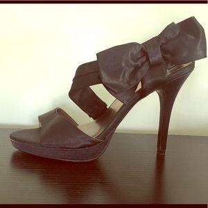 Formal Bow Heels
