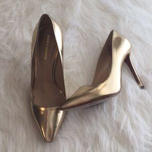 Nicholas Kirkwood gold pointed toe heels