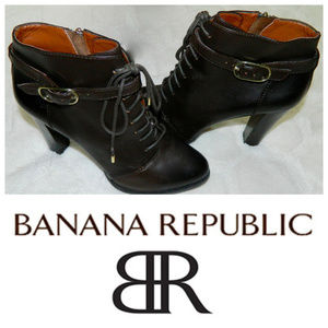 BANANA REPUBLIC Ankle BOOTS Heels BROWN Sz. 9.5